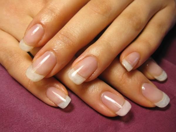 Натуральные ногти даже в современном